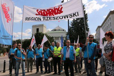 Pikieta pracowników Polmosu Łańcut