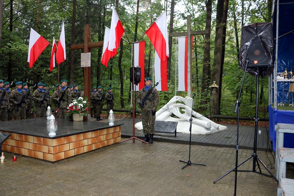 Turza – mały Katyń, uroczystości upamiętniające zbrodnie NKWD na żołnierzach AK. 17.09.2017 r.