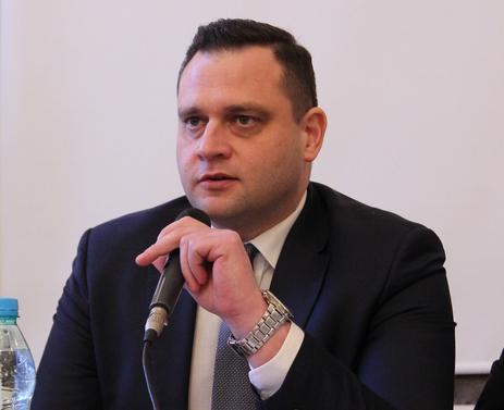 """Kłamstwa redaktora Warzechy obnaża Michał Ossowski, naczelny """"TS"""""""