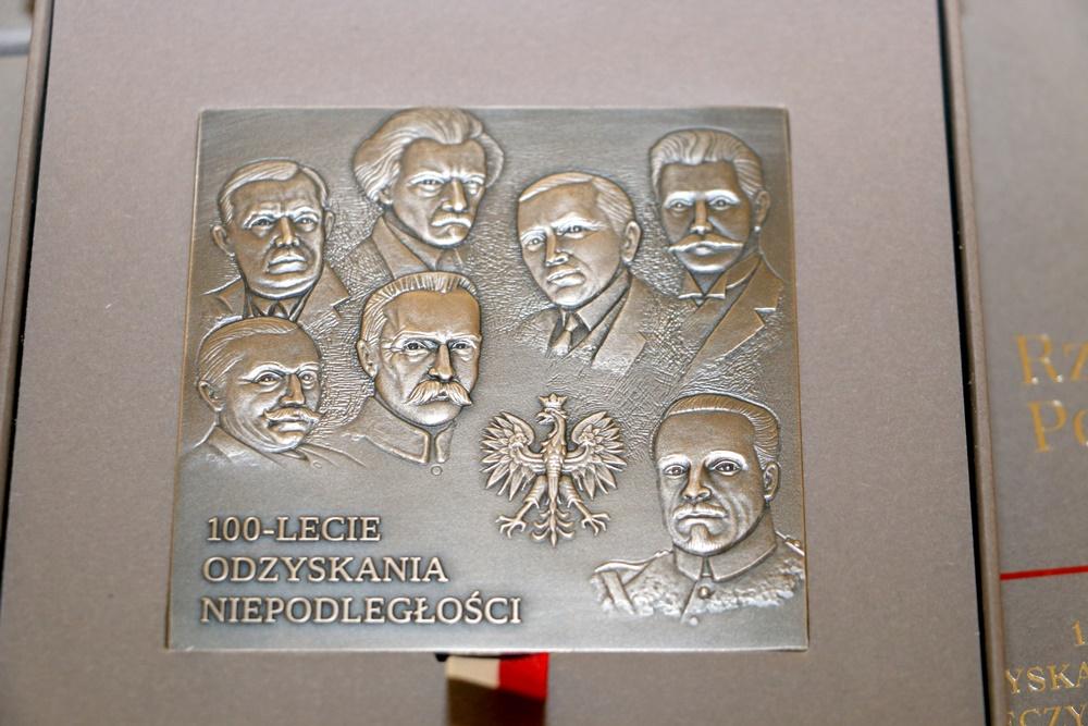 """Wręczenie """"Medali 100-lecia Odzyskania Niepodległości"""" – 27.11.2018 r."""