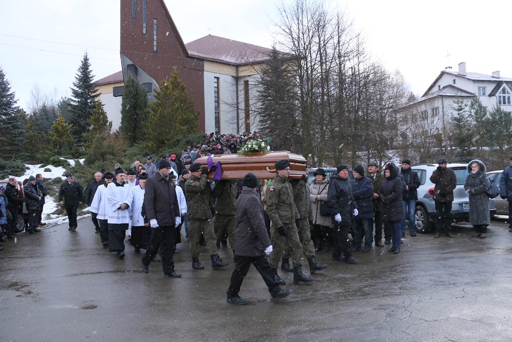 Pogrzeb byłego kapelana Solidarności księdza prałata Eugeniusza Dryniaka 12.02.2019