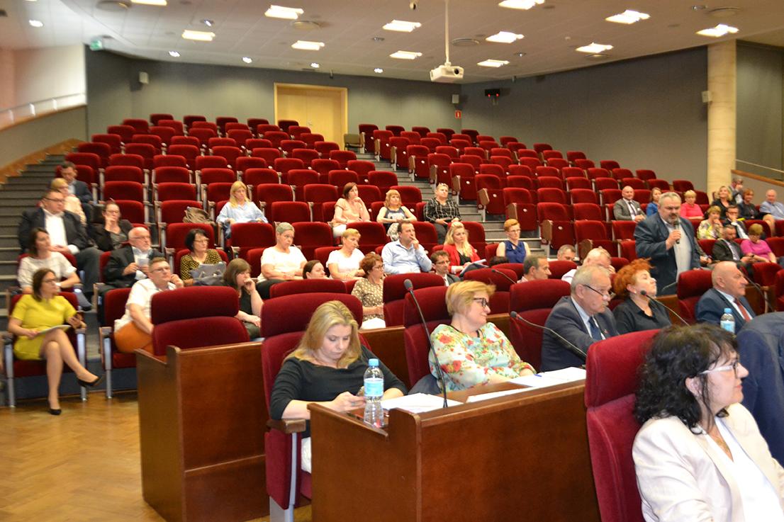Razem możemy więcej- sytuacja pracowników DPS na Wojewódzkiej Radzie Dialogu Społecznego