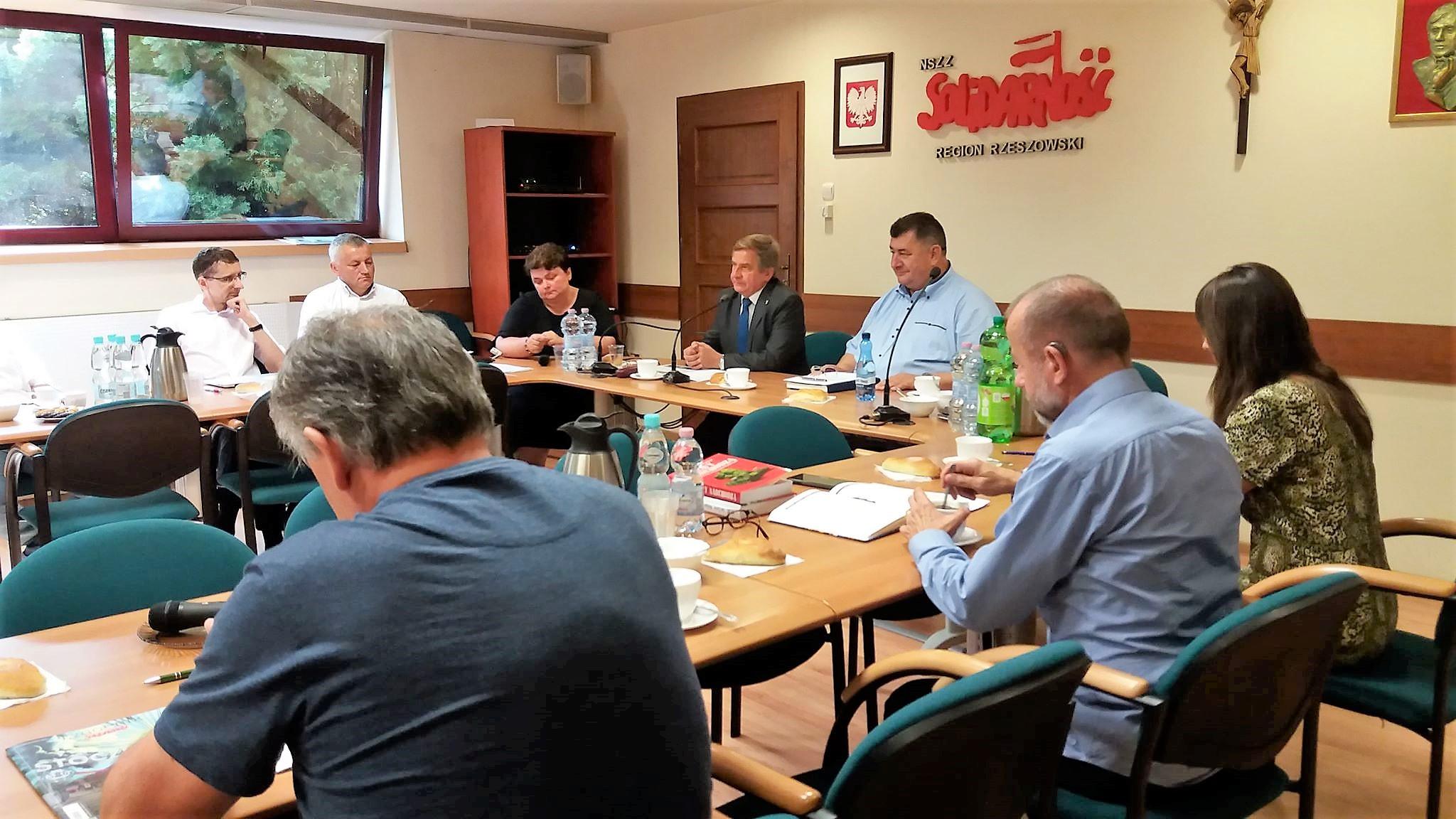 Komunikat po posiedzeniu Zarządu Regionu