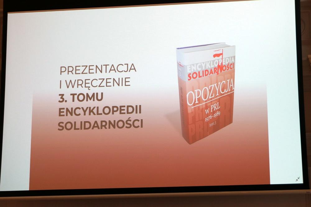 """Prezentacja i wręczenie 3. tomu Encyklopedii """"Solidarności"""
