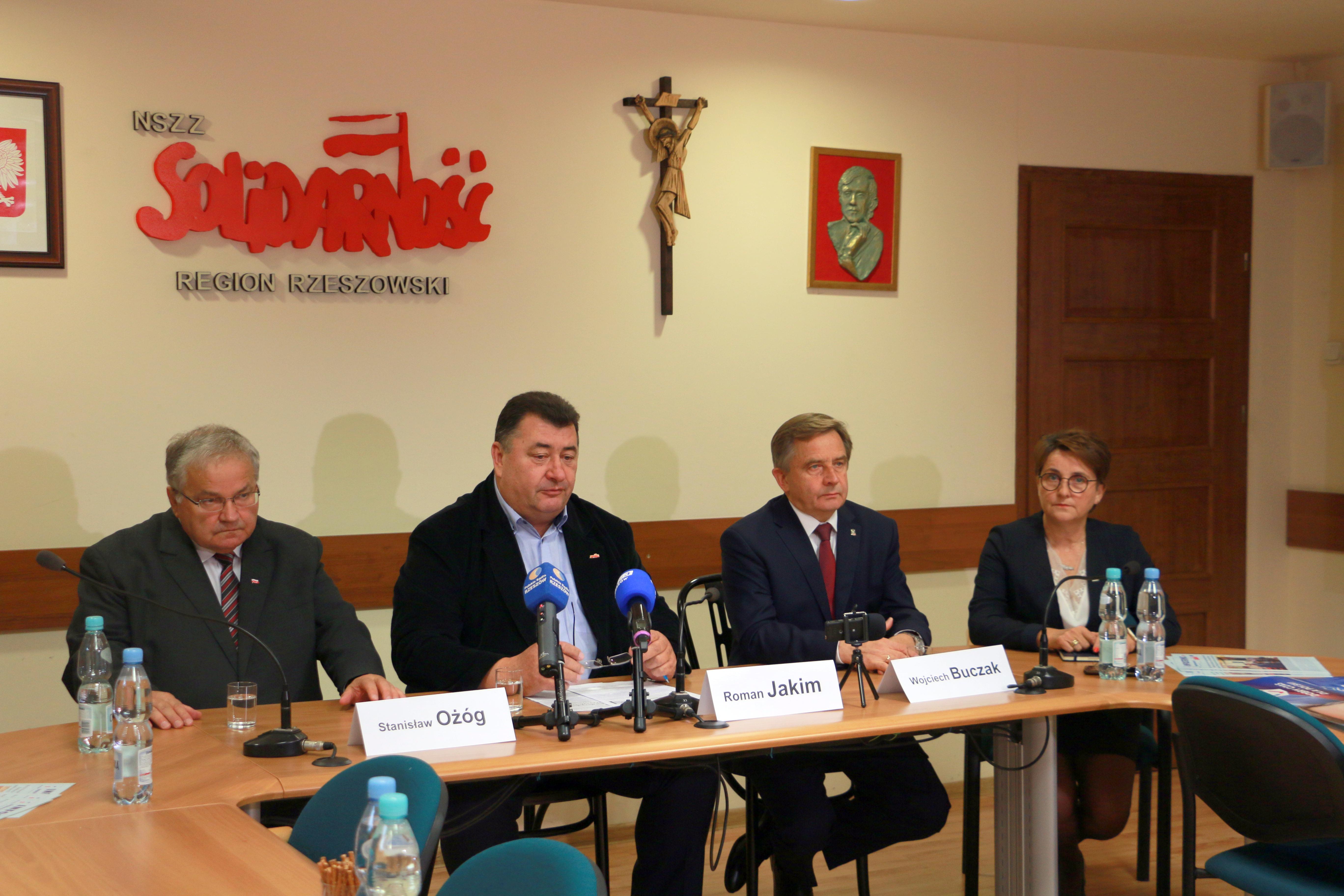 """Konferencja prasowa rzeszowskiej """"Solidarności"""""""