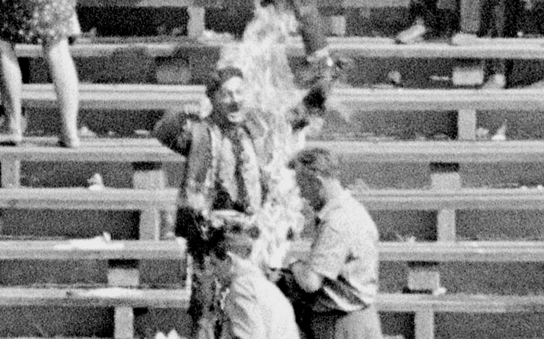 """49. rocznica samospalenia Ryszarda Siwca. """"Usłyszcie mój krzyk, krzyk szarego, zwyczajnego człowieka"""""""